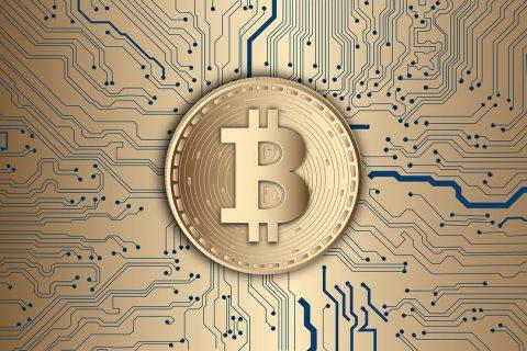 """a fase de comprar criptos e aguardar unicamente sua valorização para vendê-las ficou para trás, agora elas podem ser """"utilizadas"""" de fato imagem: Pixabay"""