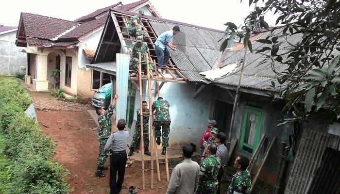28 Rumah Rusak Diterjang Angin Puting Beliung