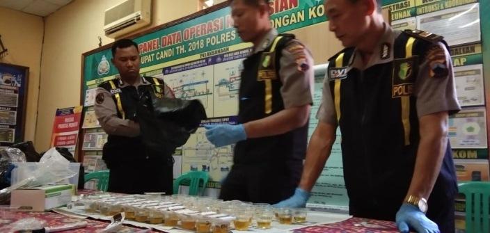 Dadakan, Anggota Polres Jalani Dites Urinenya