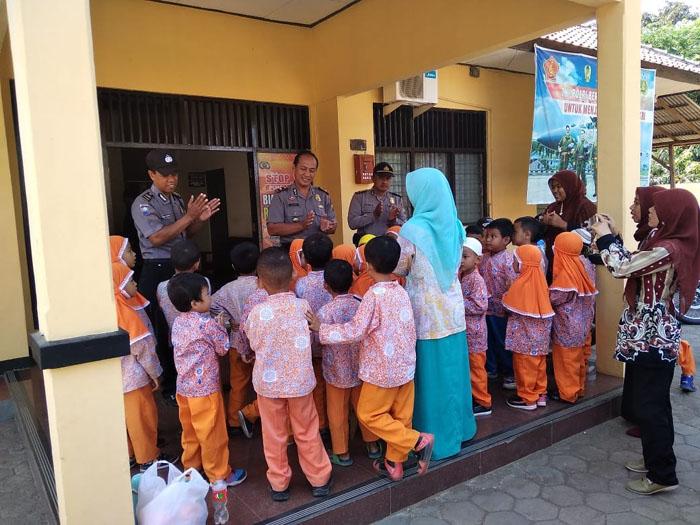 Kunjungan Anak TK