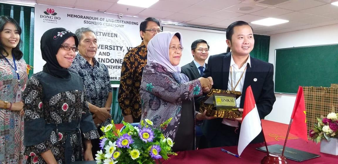 5 HL FA - Unikal Teken MoU dengan Universitas Vietnam (1)