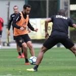 Aguirre comanda treino tático no São Paulo: veja fotos