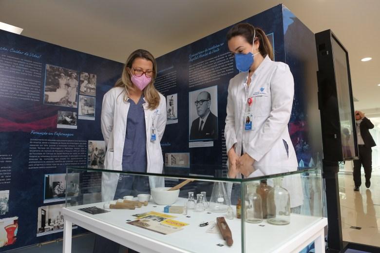 Exposição homenageia profissionais da saúde nos 94 anos do Hospital Moinhos de Vento 2