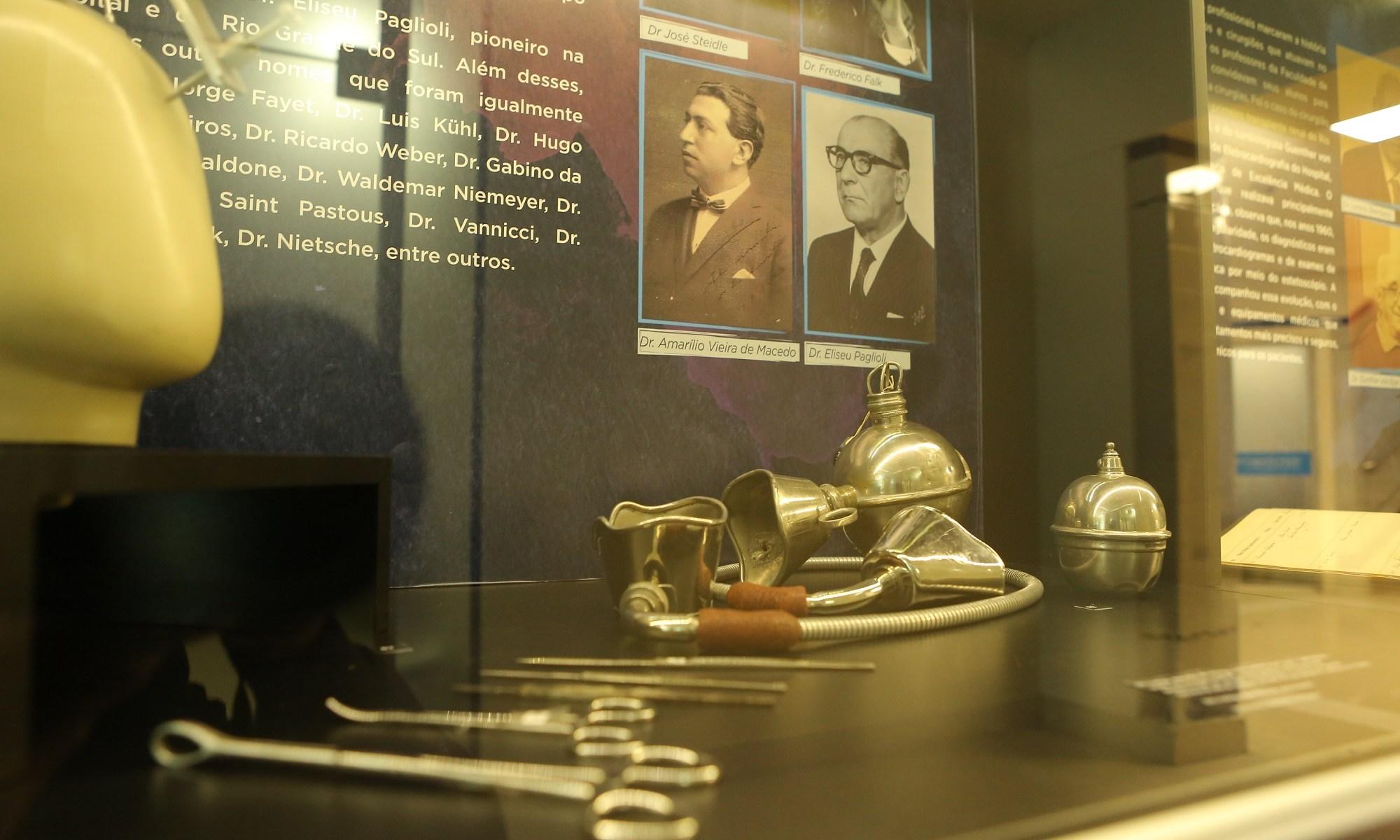 Exposição homenageia profissionais da saúde nos 94 anos do Hospital Moinhos de Vento 1