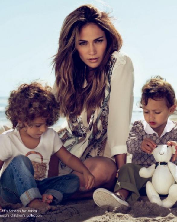 radarxcombr  Blog Archive  Jennifer Lopez e filhos na