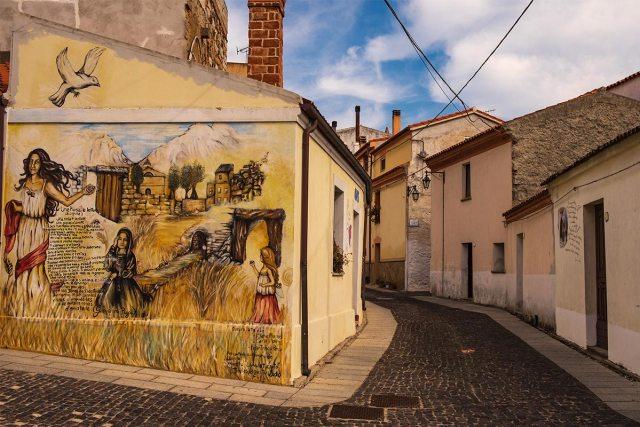 Wandmalerei in Lula.