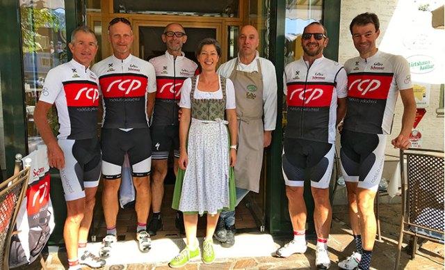 Mitglieder des Radclub mit Sonja und Hubert Kalteis.