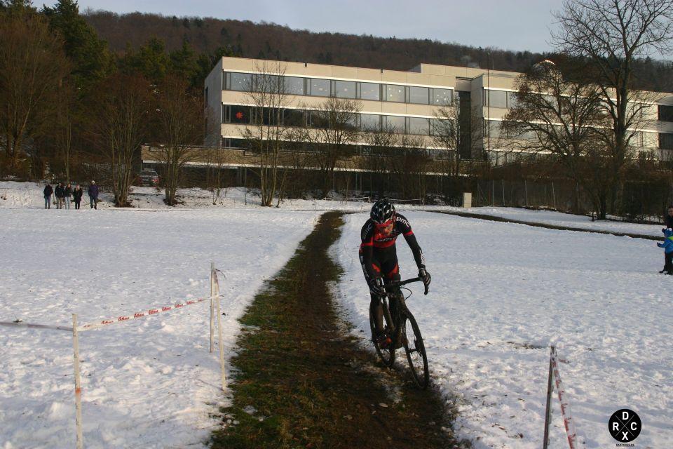 die Linie hat der Weltmeister sich im Training noch in den Schnee gekratzt - wurde vom gesamten Feld gut angenommen.