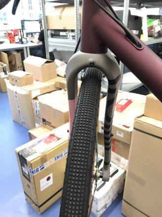 47c Reifen und Aufnahme für Schutzblech oder Frontgepäckträger