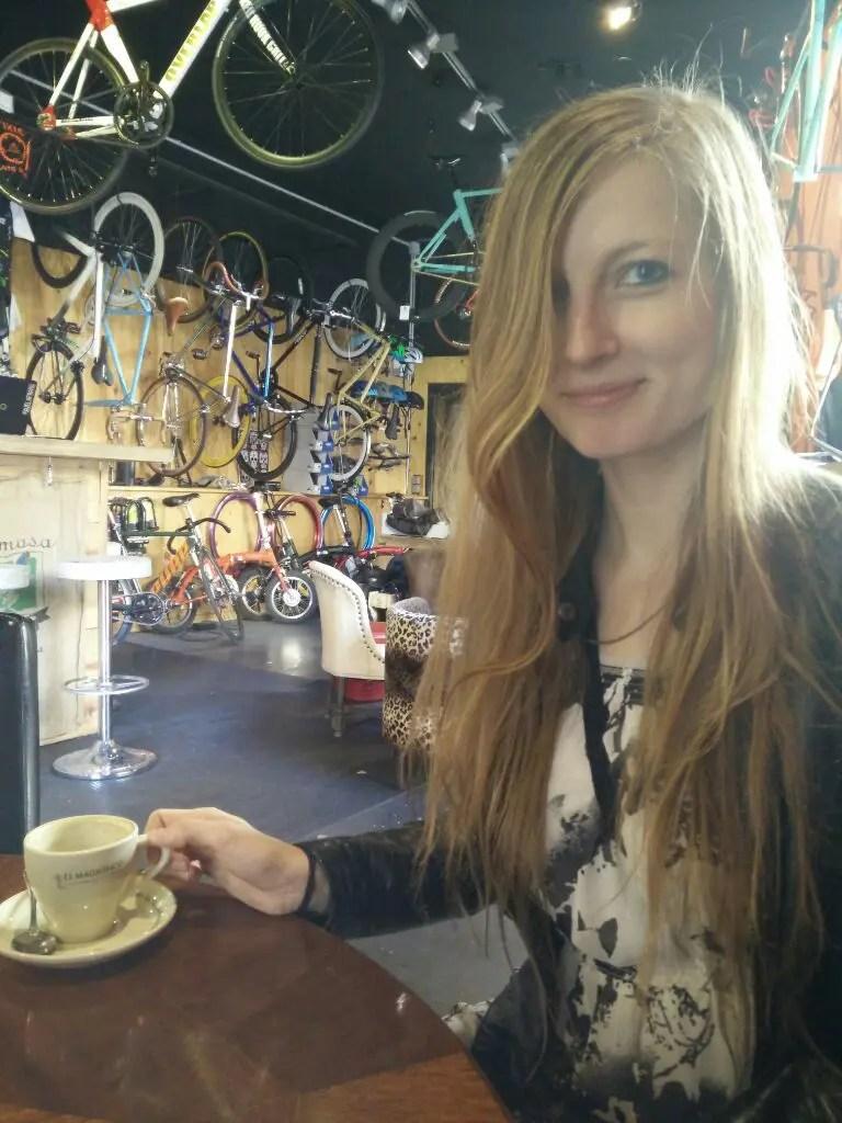 jule im bike shop