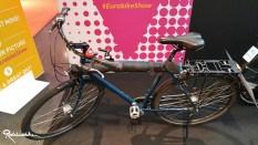 Under-cover auch am Rad: Einfach mit Klettverschluss zu befestigen.
