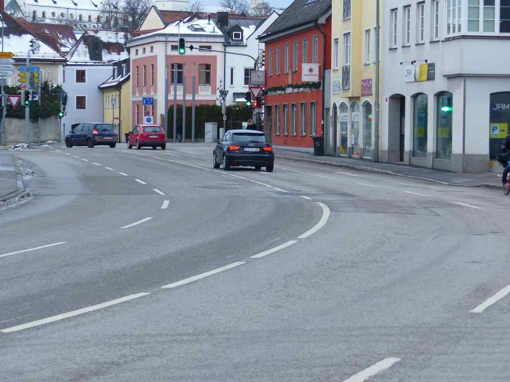 Korbinianskreuzung / General-von-Nagel-Straße