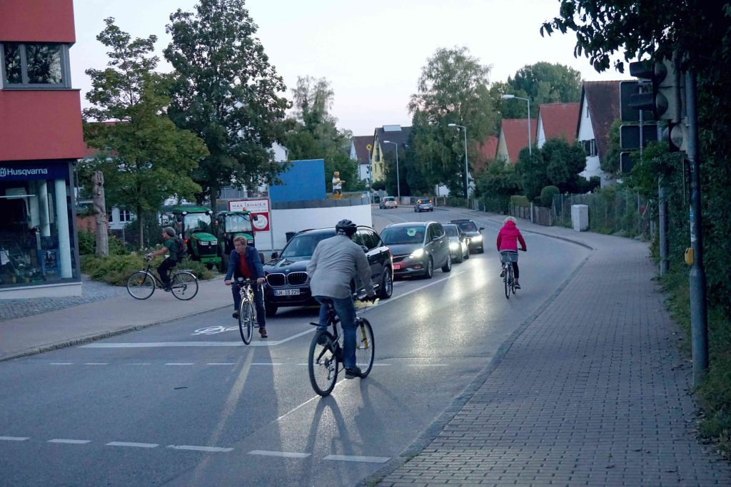 Isamninger Straße West