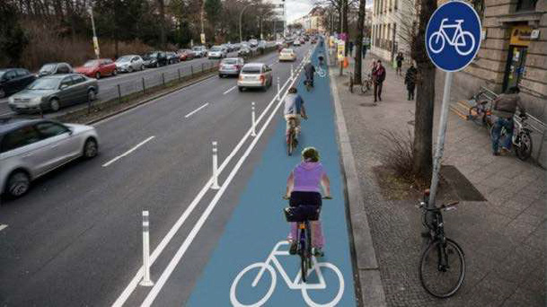 Geschützte Radfahrstreifen werden auch im Mobilitätskonzept vn Freising als Option bereits erwähnt