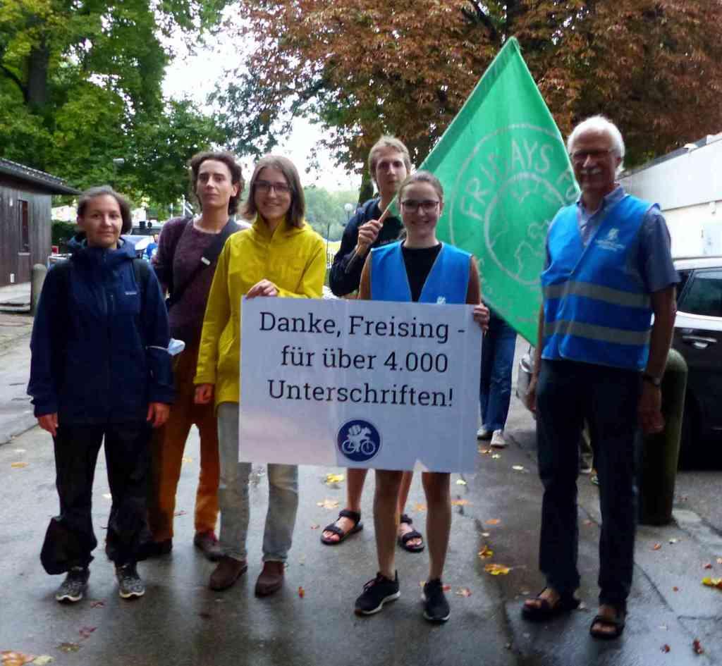 Danke an über 4.700 Freisinger:innen für ihre Unterschrift zur Unterstützung der Anliegen des Radentscheids