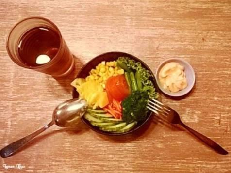 Salad Loving Hut