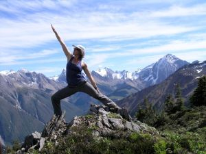 Icefall-Lodge-Mountain-Yoga