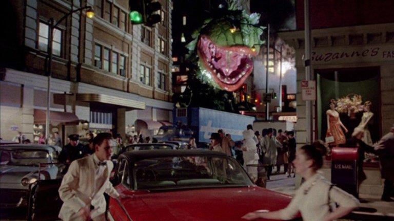 Top Ten Horror Movie Musicals: LITTLE SHOP OF HORRORS: DIRECTOR'S CUT (1986).