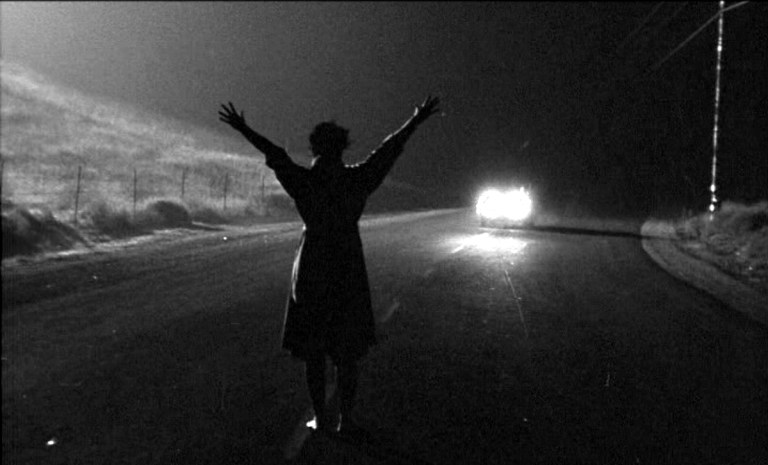 Radiant Circus Screen Guide - Films in London this week: KISS ME DEADLY at Close-Up (30 MAY).