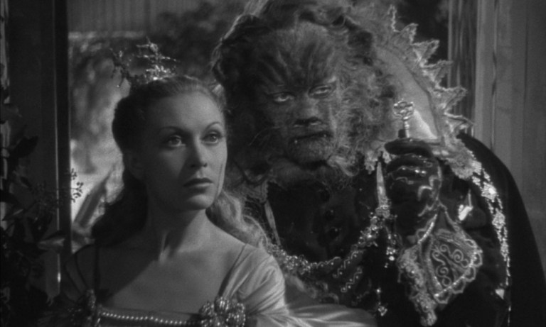 Films in London today: LA BELLE ET LA BÊTE at Ciné Lumière (04 NOV).