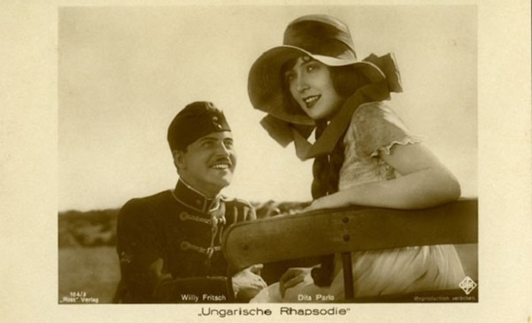 Late night movies, double bills & cult (not so...) classics: Kennington Bioscope at The Cinema Museum.