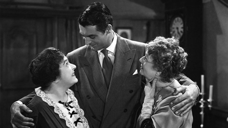 RADIANT CIRCUS #ScreenGuide Films in London this month: ARSENIC & OLD LACE 35mm, part of CARY GRANT: BRITAIN'S GREATEST EXPORT at BFI Southbank (AUG to SEP):
