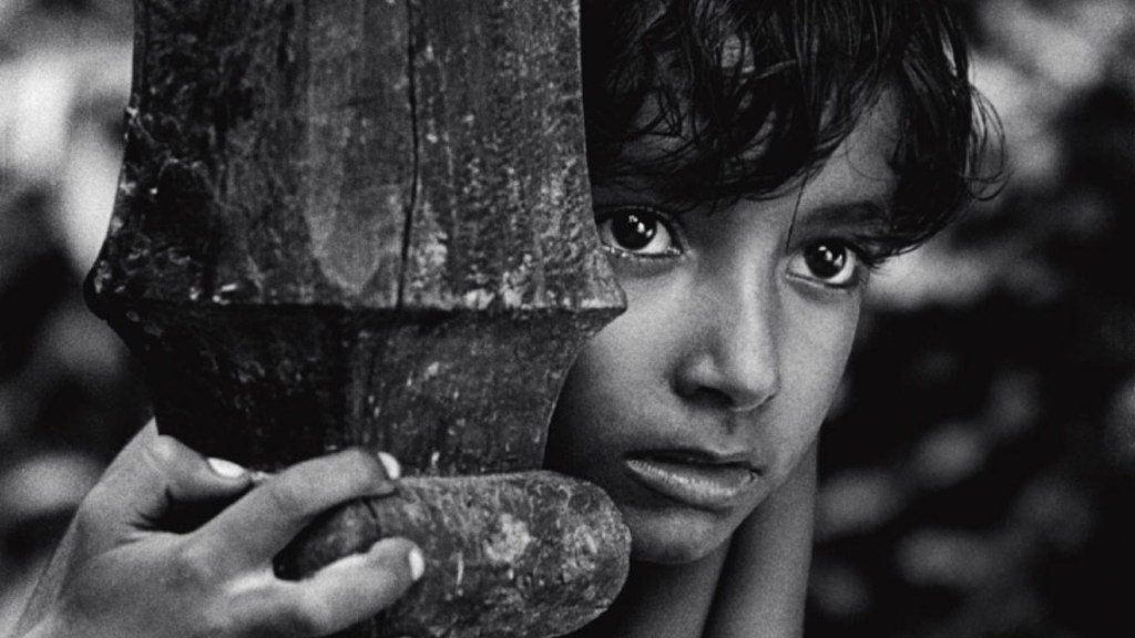 This is a film still from Pather Panchali (1955).