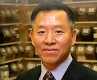 Dr. Zhizhong Nan works with Radiant Shenti to teach people how Chinese medicine can help them create a lifestyle of harmony, balance, beauty, and wellness using Chinese medicine