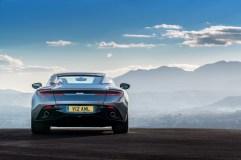 Aston DB11 - 2
