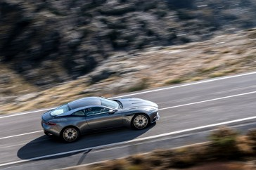 Aston DB11 - 8