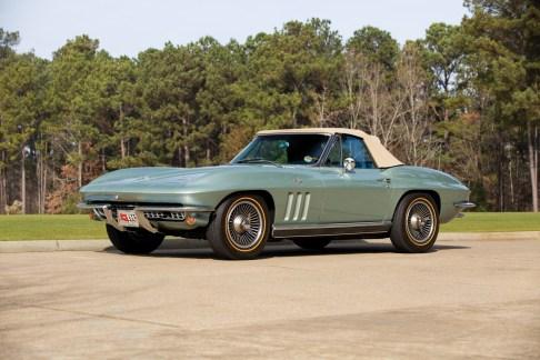 1966 Chevrolet Corvette Sting Ray 327-300 Convertible - 1