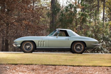 1966 Chevrolet Corvette Sting Ray 327-300 Convertible - 20