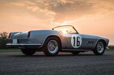 @Ferrari 250 GT LWB Spider California-1451 - 30