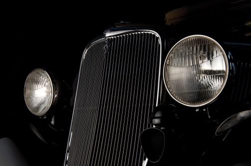 1933-ford-v8-station-wagon-4