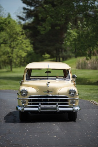 1950-chrysler-royal-town-and-country-station-wagon-9