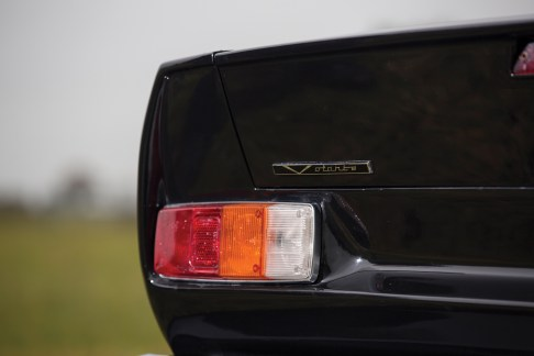 1989 Aston Martin V8 Vantage Volante - 12
