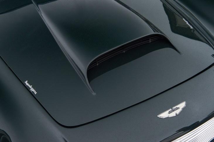 @1961 Aston Martin DB4 Series II - 24