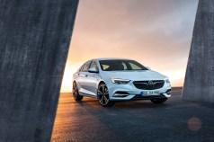 Opel Insignia - 1
