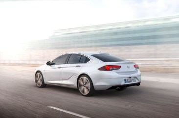 Opel Insignia - 8