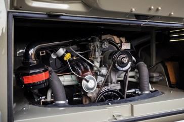 @1963 Volkswagen '23-Window' Deluxe Microbus - 16