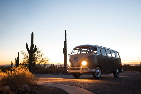 @1963 Volkswagen '23-Window' Deluxe Microbus - 7