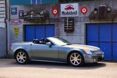 @Cadillac XLR - 1