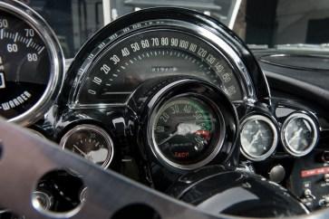 @1962 Chevrolet Corvette Gulf Oil Race Car - 20