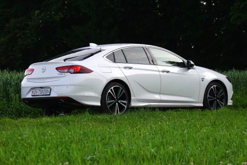 @Opel Insignia Test - 10