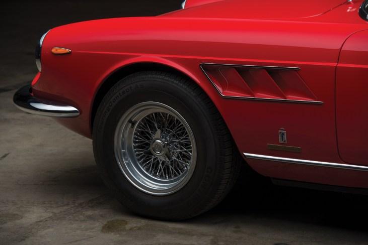 @1967 Ferrari 330 GTS by Pininfarina - 2