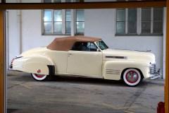 @1941 Cadillac Series 62 Convertible - 12