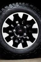 @LR Defender V8 Edition - 2