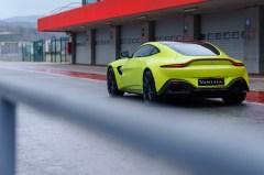 @Aston Martin Vantage - 40