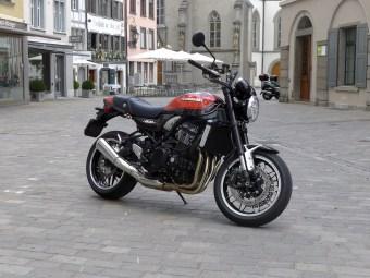 @Kawasaki Z900 RS - 1
