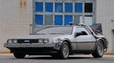 @DeLorean 2 - 1